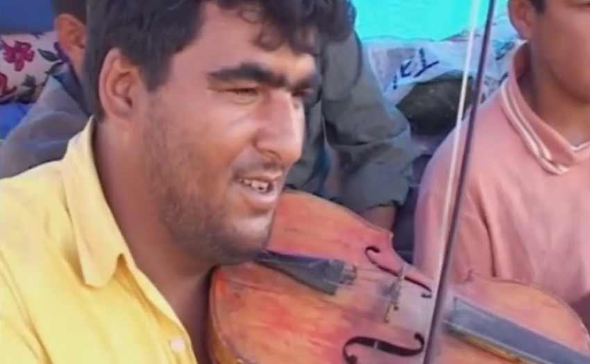 Documentaire :   Buçuk, sur les traces des Tsiganes de Turquie